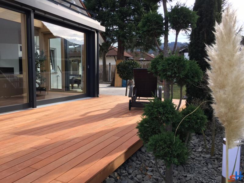 balingen. Black Bedroom Furniture Sets. Home Design Ideas